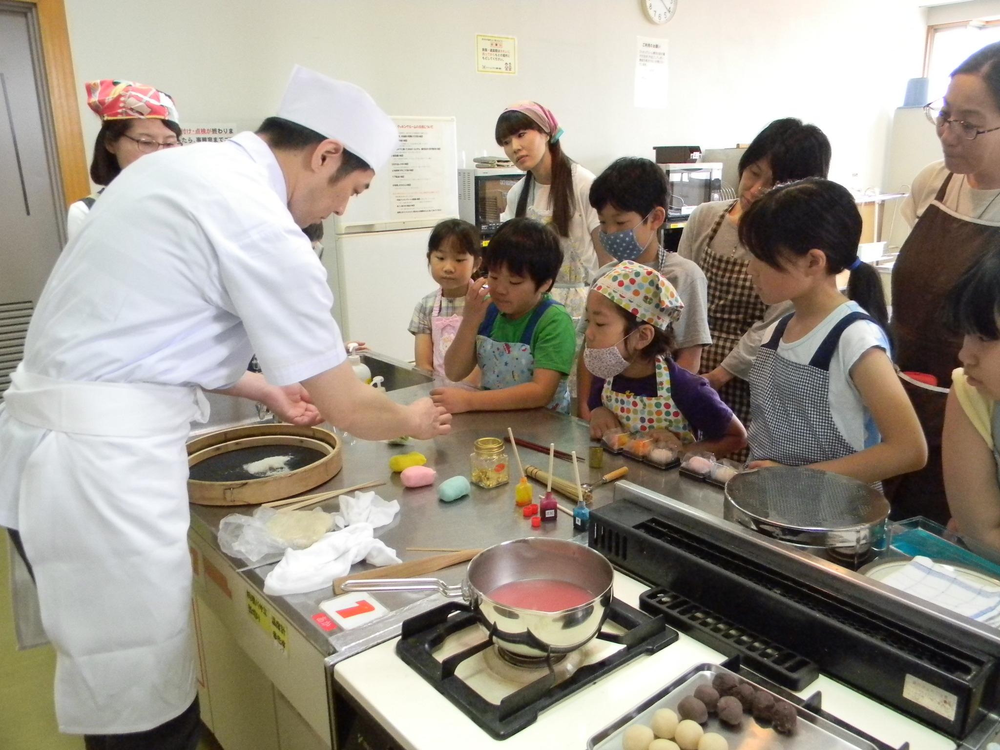 プロから学ぶ和菓子作り